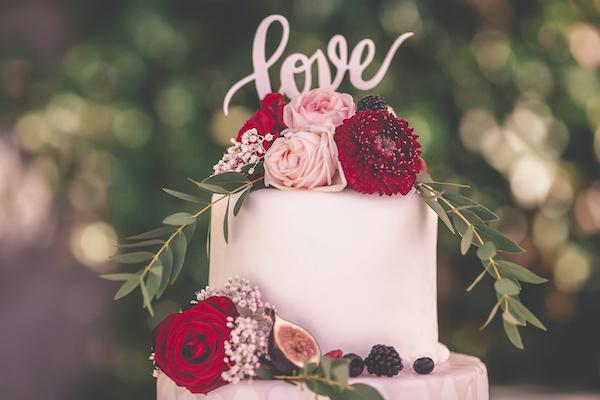 Wedding Cake mit echten Blüten