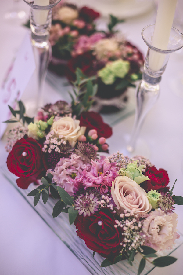 Tischblumen in rosarot