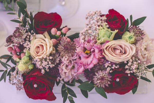 Blumengesteck für Tischdekoration