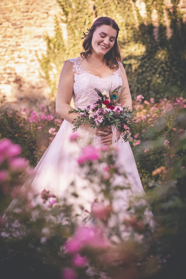 Brautkleid mit Spitzenapplikation